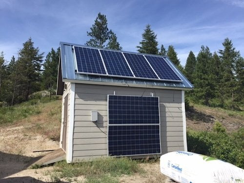 Gary's Off The Grid Project Solar Power Shed